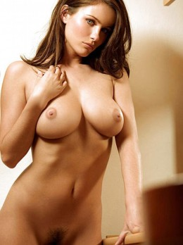 Escort Amsterdam - Escort Amsterdam Escort is Giving Best Offer Because Christmas Offer Going On | Girl in Amsterdam